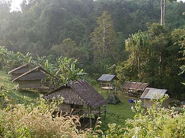 カレン族の村