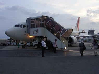 060904夕刻の石垣島空港