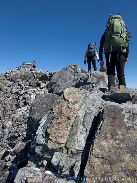 110924剱岳山頂直下