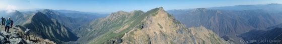 111104谷川岳・山頂からの展望