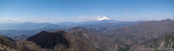 120407丹沢・塔ノ岳山頂パノラマ