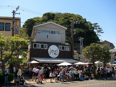 120505江ノ島ツーリング・生シラス丼の店は大混雑