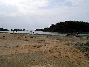 西表島・星砂の浜