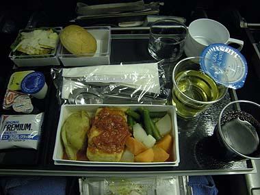 090424機内食夕食