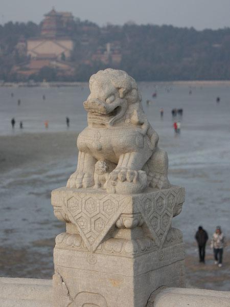 100101頤和園十七孔橋の獅子