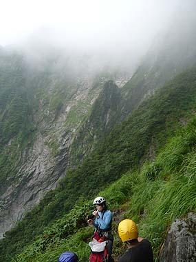 100801一ノ倉沢衝立岩中央稜基部から滝沢スラブ