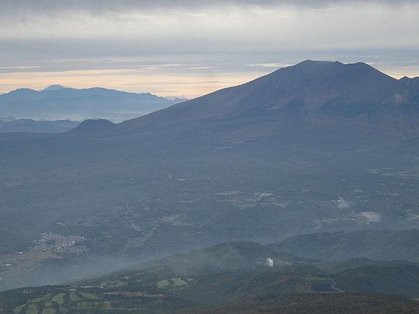 101024草津白根山頂から富士山