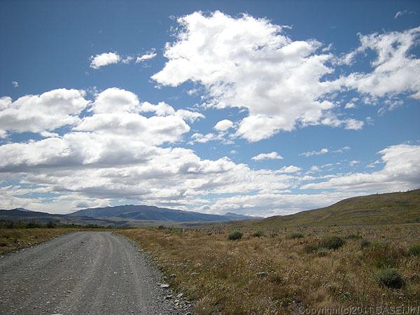 110104パイネ国立公園・アマルガ湖へ向かう