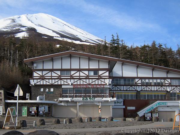 120526富士山・河口湖口から富士山