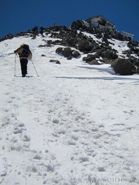 120519乗鞍岳・もうすぐ頂上