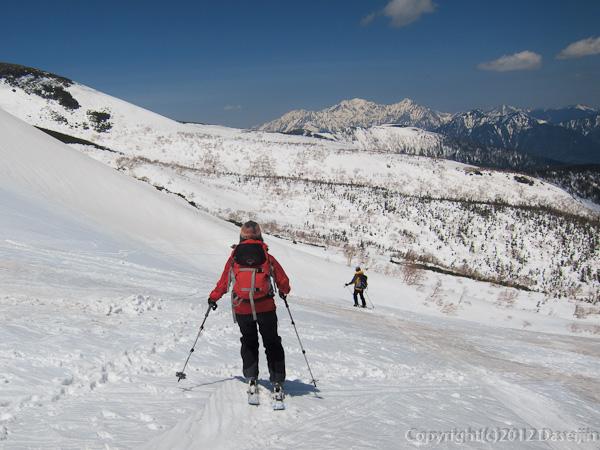 120519乗鞍岳・位ヶ原への最後の滑り