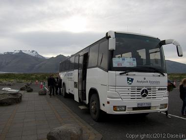 120808アイスランド、グリーンランドの旅・スカフタフェットルを発つ