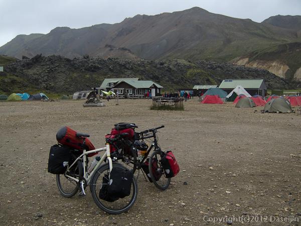 120809アイスランド、グリーンランドの旅・自転車ツーリストも多いです