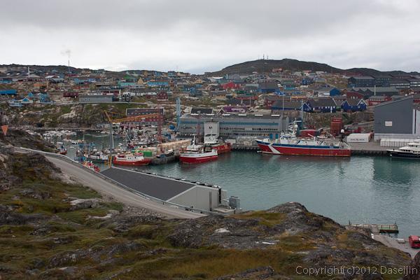 120810アイスランド、グリーンランドの旅・イルリサットの港