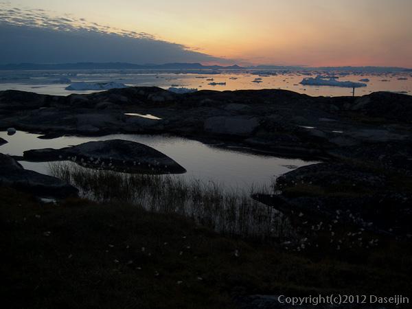 120812アイスランド、グリーンランドの旅・夕暮れ