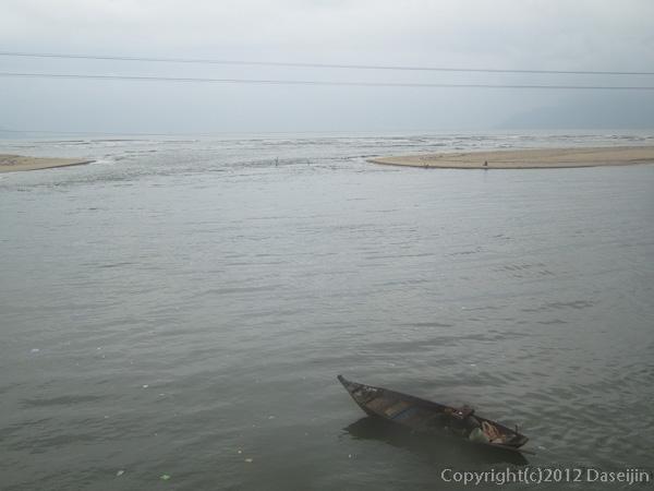 121115ベトナム・ダナンの海岸