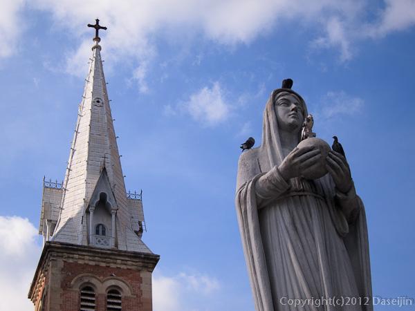 121117ベトナム・サイゴン大教会のマリア